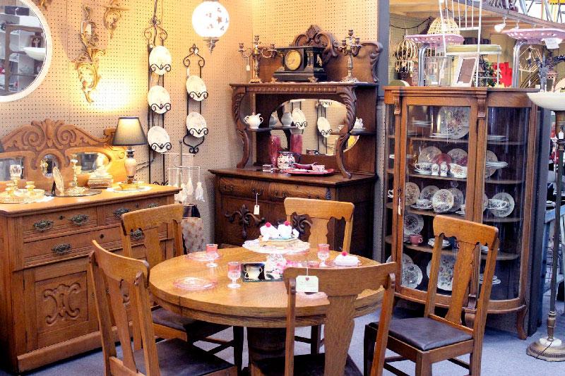 American Tiger Oak Vintage Dining Room Furniture Antique