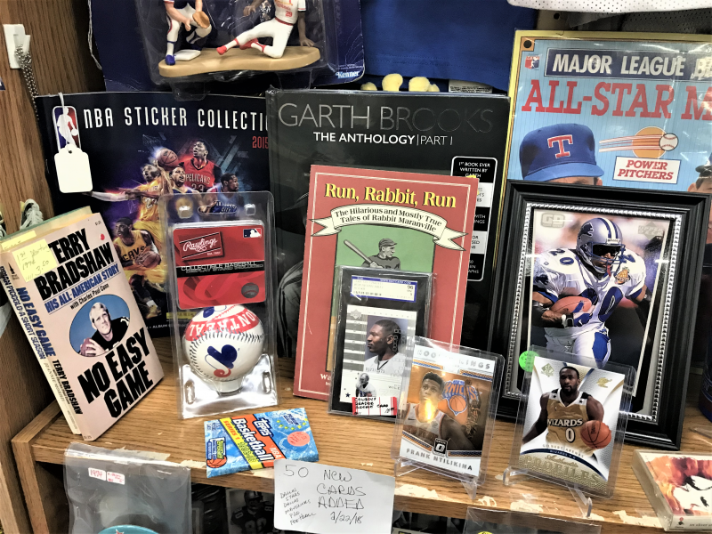 SPORTS BOOKS, BASEBALL, FRAMED PHOTO, AND FIGURINES