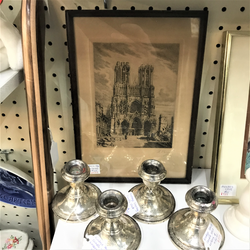 1915 framed artwork of Cathédrale Notre-Dame de Paris signed by Raoul Varin